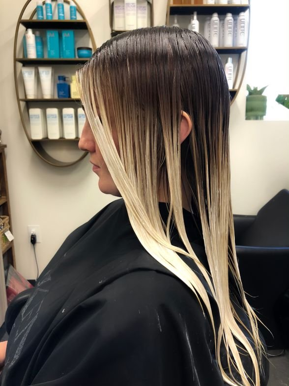 """""""When I use this as an after-lightening service for that extra boost, I process the hair for 15 minutes maximum to provide my client with seamless transitioned ends,"""" she says. """"This gentle approach will be all they need for a little extra bump."""""""