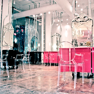 SALON TOUR: Wonderland Beauty Parlor in NYC