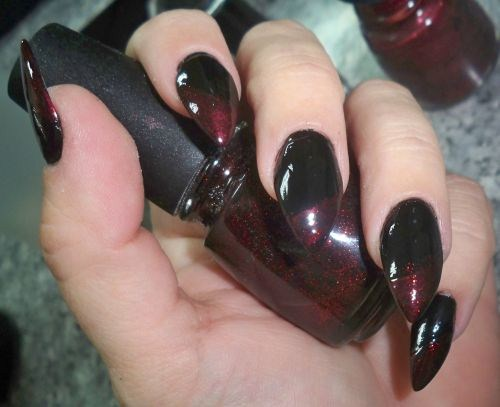 Day 332 blood tipped nail art nails magazine prinsesfo Gallery