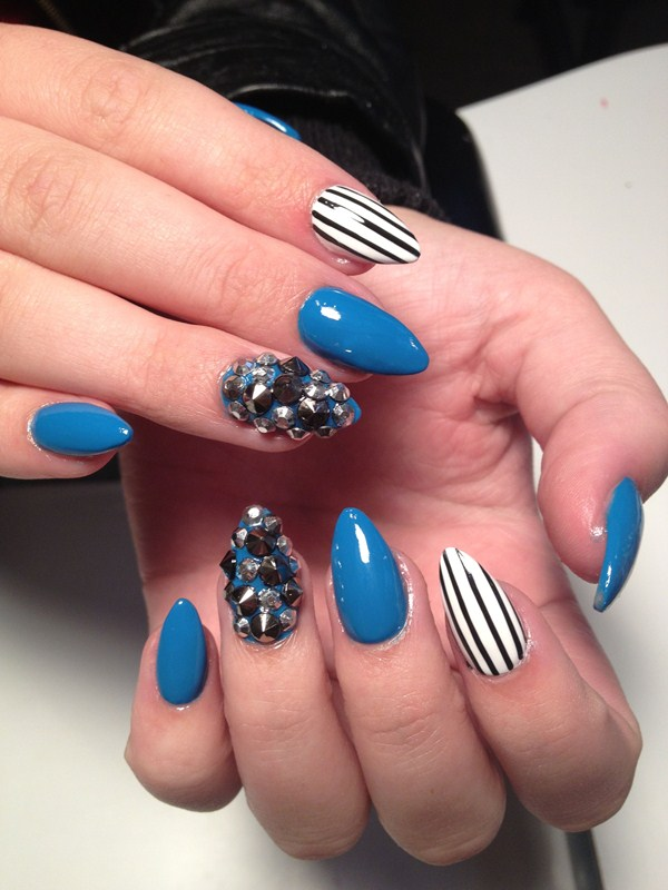 Day 363: Abstract Spikes and Stripes Nail Art - - NAILS Magazine