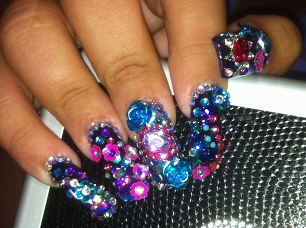 Day 207 total bling nail art nails magazine amanda lenher posare salon las vegas prinsesfo Image collections