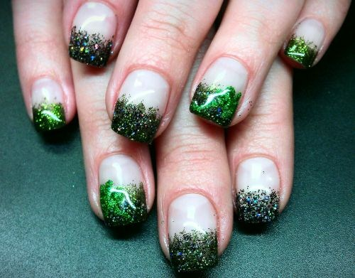 Day 77 Glittery St Patrick S Day Nail Art Nails Magazine