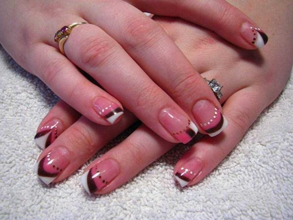 Tara Deck, Tara Lea Esthetics & Custom Nail Art ( Chetwynd , BC , Canada ) - Day 135: Lines And Dots Nail Art - - NAILS Magazine