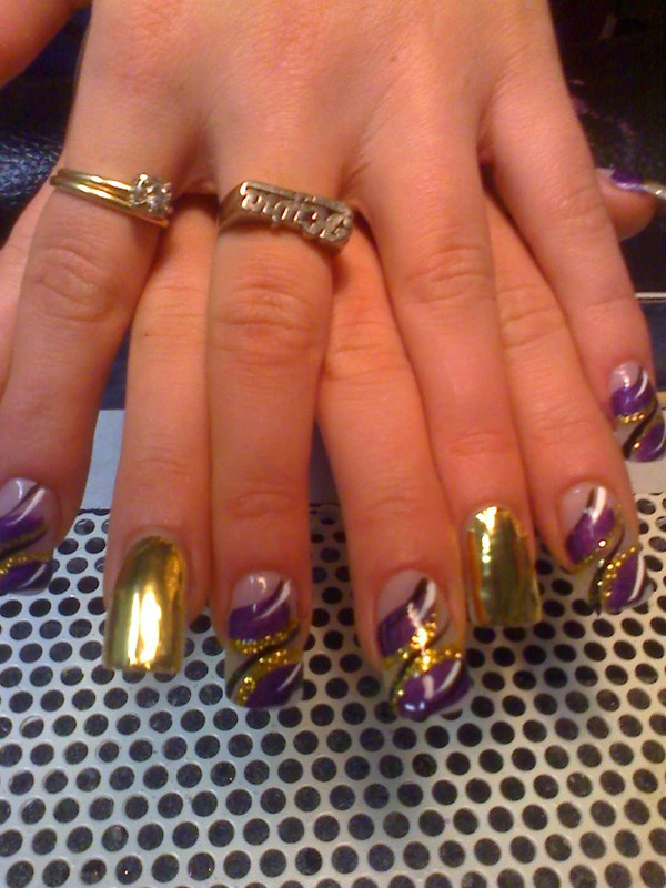 Day 16 Gold And Purple Sparkle Nails Nails Magazine