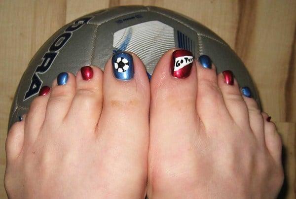 - Day 282: Soccer Mom Nail Art - - NAILS Magazine