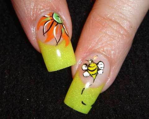 Day 78 bumblebee nail art nails magazine prinsesfo Choice Image