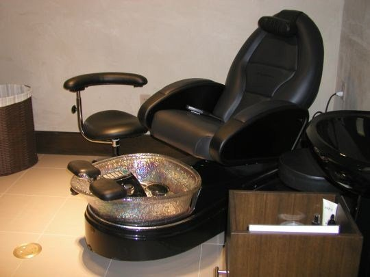Q a details on pipeless pedicure chairs nails magazine for Nail salon benches