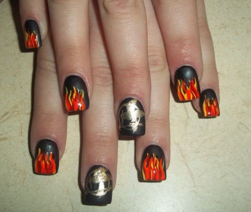 The Hunger Games-Inspired Nail Art