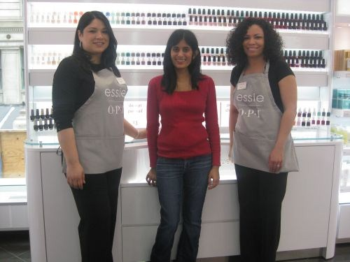 Licensed Nail Techs Stacey Hernandez And Katherine Walker Don Black Arel With Gray Salon Provided As Their Uniforms
