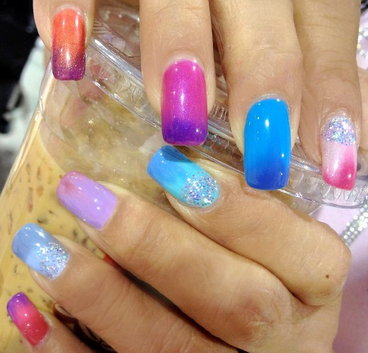 Her Nail Tips Are Colder So They Show Up Darker Or In A Diffe Color You Can Also See Where