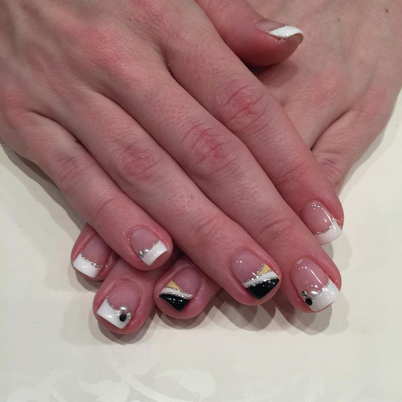 <p>Client Lauren Jubelt says the gel pod method she&rsquo;s observed at Japan salon chain Speed Nail makes it easier to create nail art than techniques she&rsquo;s seen in the United States.</p>