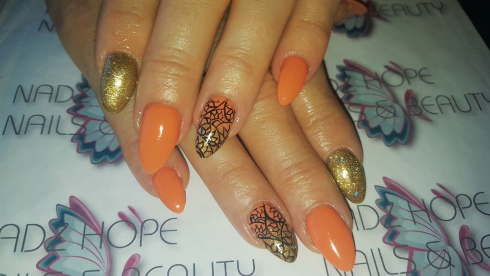 <p>Bright colors are in style during South African summers. (Nails by Nadz Hope Nails, Cape Town)</p>