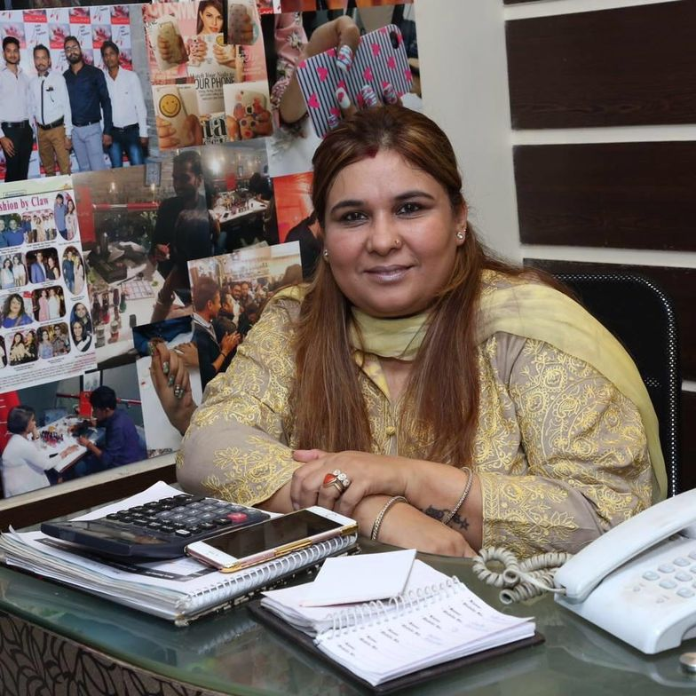 <p>Reena Batra is CEO of nails-only salon chain Claw.</p>