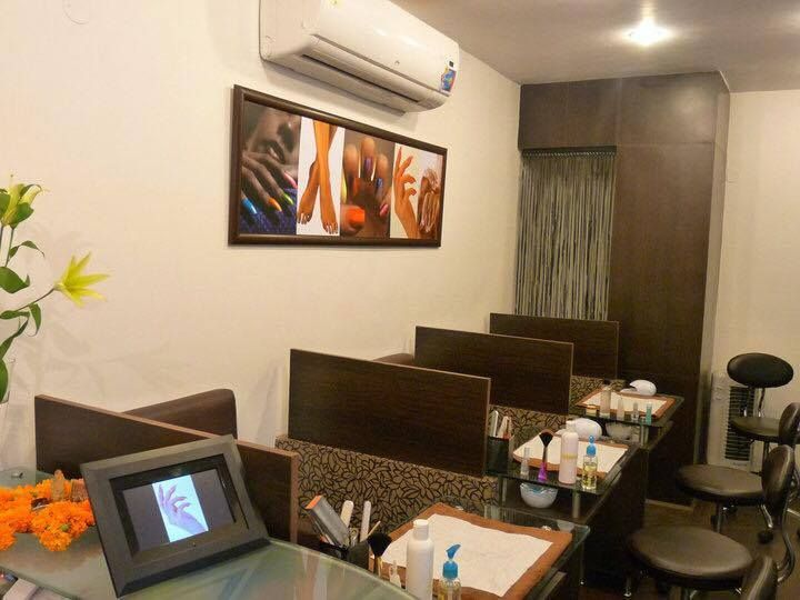 <p>Claw has been so successful as a nails-only salon that it currently has four different locations.</p>
