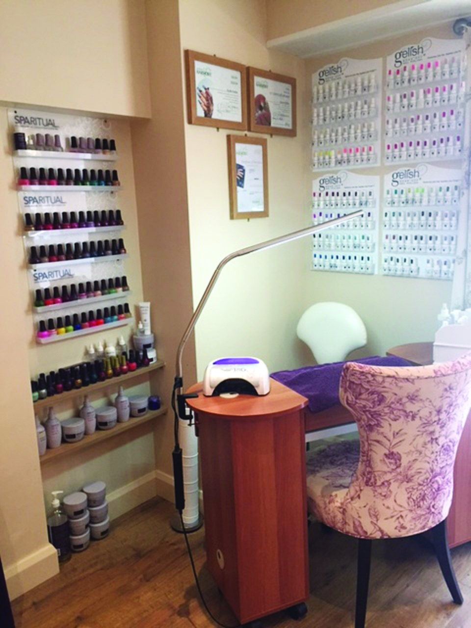 <p>The Violet Butterfly has three therapy rooms, each furnished in neutral tones with a splash of violet.</p>