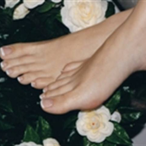 Survey Reveals Dissatisfaction with Feet