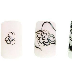 Summer Nail Trend: Handpainted Lace Enhancements