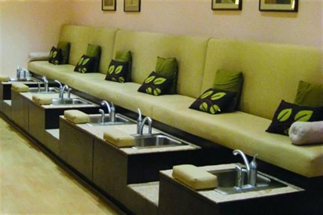 pride and joi style nails magazine rh nailsmag com nail salons interior design Ocean Nail Spa Salon