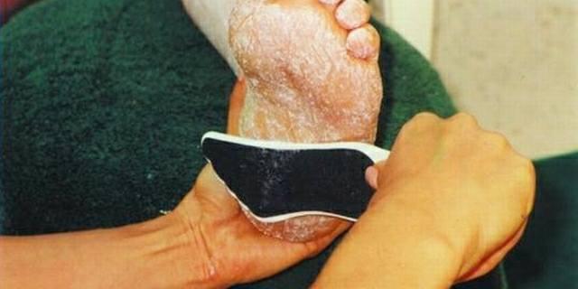 Estelina Says File Feet Twice - Technique