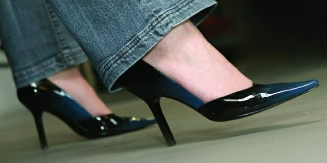 effects on wearing high heels The latest footwear trends as of late have been: the bigger the better sky high  heels may make your legs look long and lean but they can also.