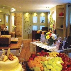 Home Salons: Tee's Nail NV