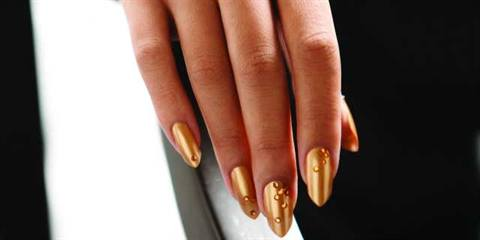 Celebrity Nail Tech Tom Bachik Created These Monochromatic Gold Nails For Our December Cover Recreate Look With Easy Steps