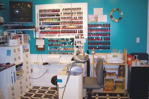 home salons flip flop beauty shop business nails magazine rh nailsmag com home nail shop nail shop by home depot