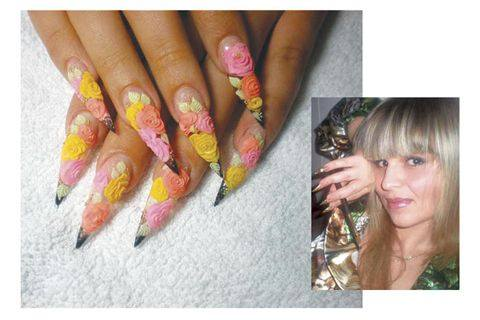 3 d roses adorn winning nail art design style nails magazine these beautiful nails earned sydney australia based nail tech olga menshikova a top place finish in the first online nail competition sponsored by nail prinsesfo Gallery