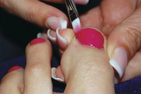 Nailite\'s Soak-Off Gel Toes - Technique - NAILS Magazine