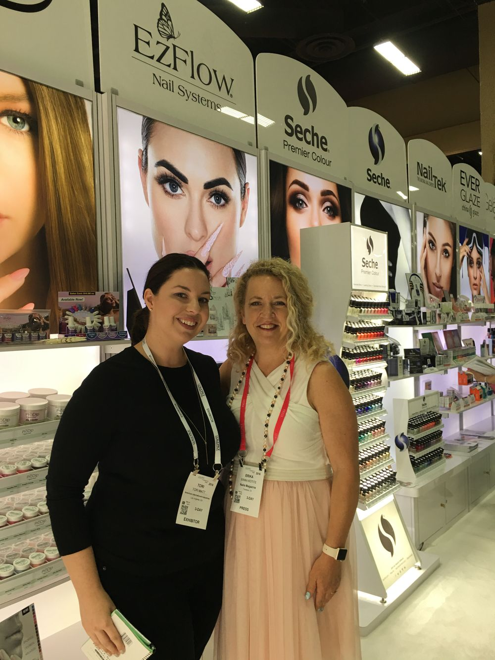 <p>AII's Tori Matt and NAILS editor Erika Kotite</p>
