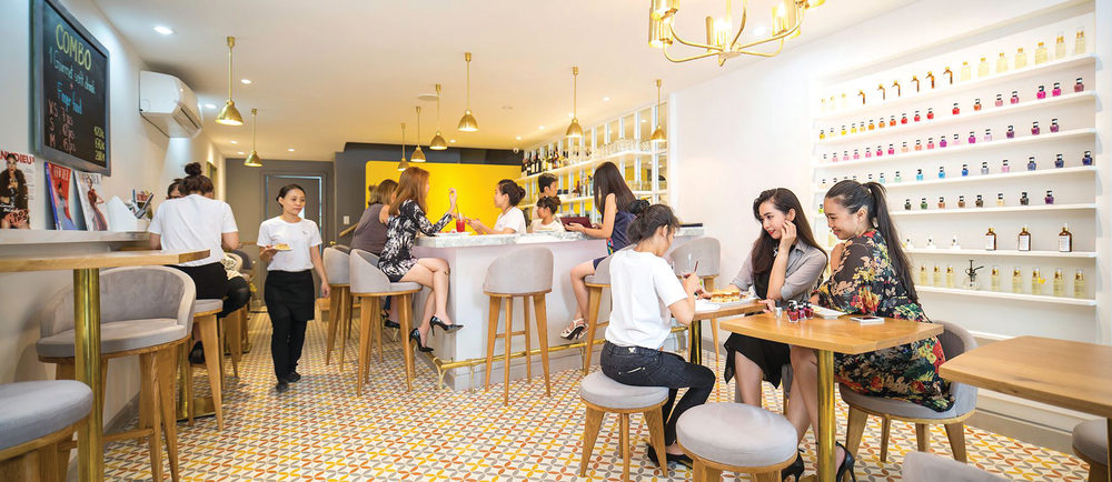 <p>Merci Nails targets modern Vietnamese and expatriate clients who are focused on health and sanitation.</p>