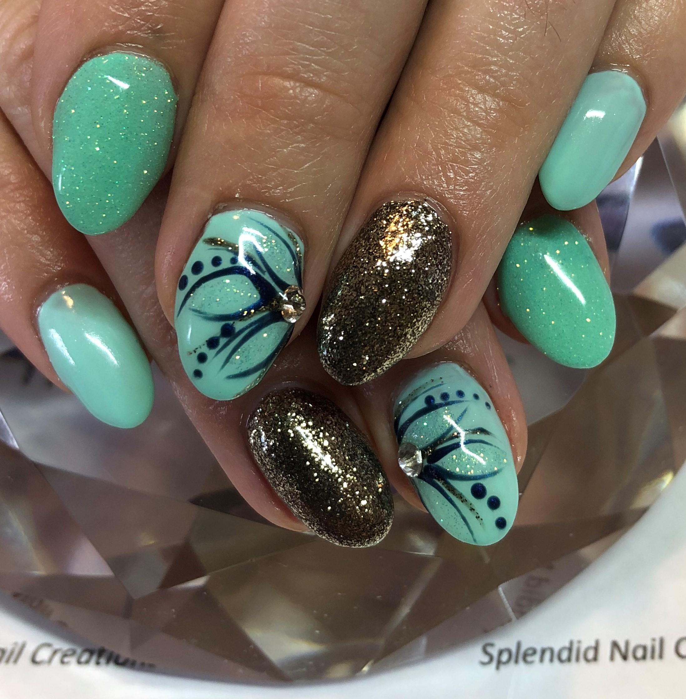 Day 101: Green Flower Nail Art