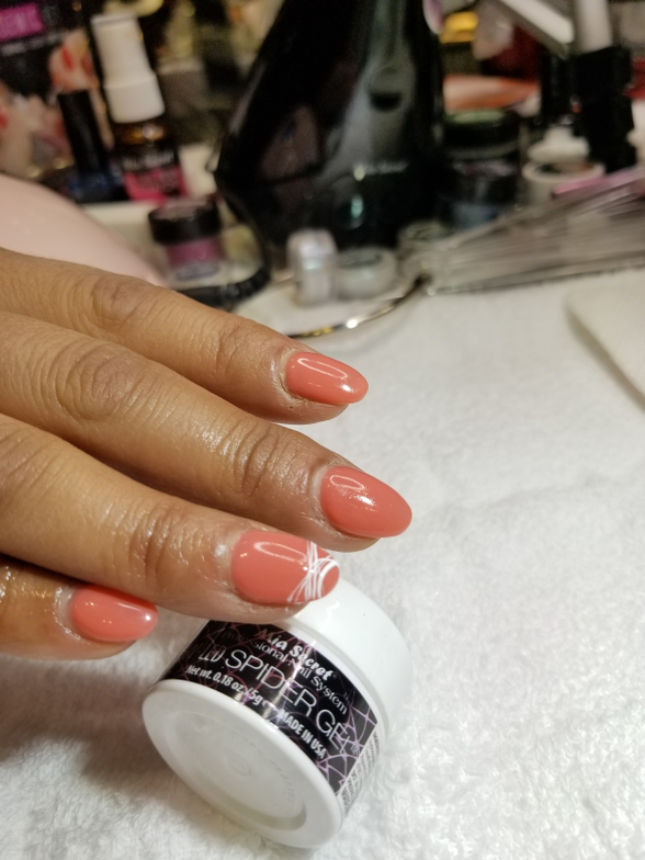 <p>Spider Gel demo at Mia Secret.</p>