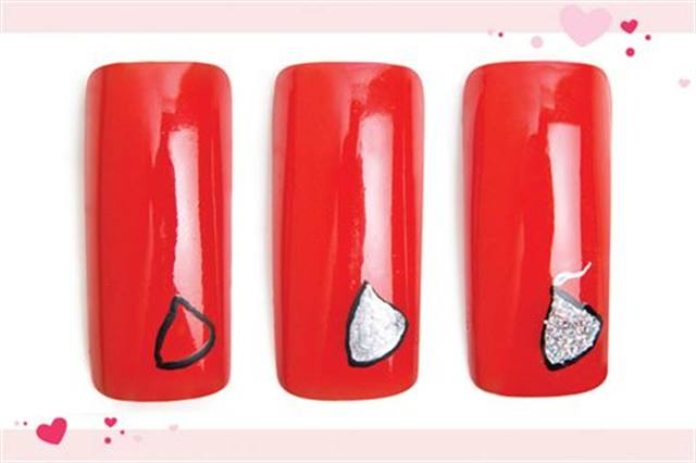 <p><strong>Faster: Nail Art in 3 MINUTES OR LESS</strong></p> <p>Candy Kisses</p> <p>Nails by Conde</p> <p>1. Polish the nail with OPI Thrill of Brazil. Using black water-based acrylic paint and a fine art brush, outline a lazy triangle.</p> <p>2. Fill in the triangle with silver paint.</p> <p>3. Dust glitter over the wet paint. Press the glitter into the paint and dust off excess. Add a white and baby blue flag at the top. Apply top coat.</p>