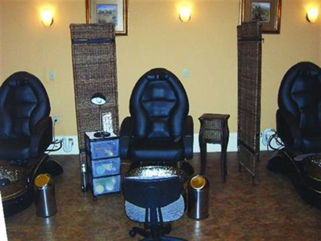 The Mojito Pedicure, at $65, is the salon's biggest hit and its most profitable pedicure service. Spa Roma Urban Dream Spa in Milwaukee also serves an ice-cold mojito while the client enjoys the service. For teetotalers, the salon recommends the Milk and Honey Pedicure.