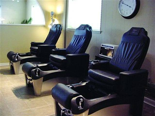 <p>At R.O.I. Nail Spa in Raleigh, NC, Clients can sit back and relax in one of the nail spa's pedicure thrones. If they're in a hurry they can have certain parts of their pedicure service shortened. And if they have extra time, they can extend their service.</p>