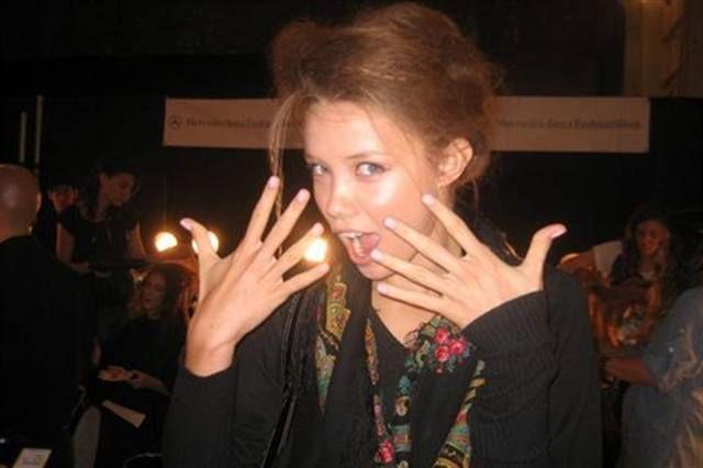<p>A Georges Chakra model shows off her Dashing Diva Social Climbing polish.</p> <p><em>Photography by Dashing Diva</em></p>