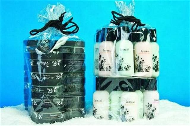 "<p><a href=""http://www.nailsmag.com/fifi/80237"">Young Nails</a> is wrapping its Lomasi Lotions and body creams into convenient, holiday-sized packages for the upcoming season. The packs contain 20 individual lotions or creams, and contain all of the scents in the line; Cucumber Aloe, Ginger Lime, Ivory Blossom, Pomegranate, and Mango Coconut.</p>"