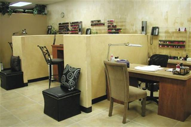 <p>The color palette of my salon is earthy — browns, golds, and tans. I choose the scheme because it is neutral, not hard to blend other colors with, and it never goes out of style. I also like the warmth it adds to the salon. It is calming as well. </p>
