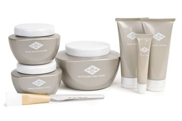 """<p><strong>Bio Sculpture&rsquo;s</strong> Spa Line is a new collection of hand care products to promote and maintain healthy skin and beauty. The line includes a Spa Potpourri Aqua Soak, Spa Potpourri Salt Scrub, Apricot Kernel Scrub, Mint Mask, Hand and Body Butter, Hand Cream, Cuticle Cream, and Hand Wash. <br /><a href=""""http://www.biosculpturegel.com""""></a></p> <p><a href=""""http://www.biosculpturegel.com"""">www.biosculpturegel.com</a></p>"""