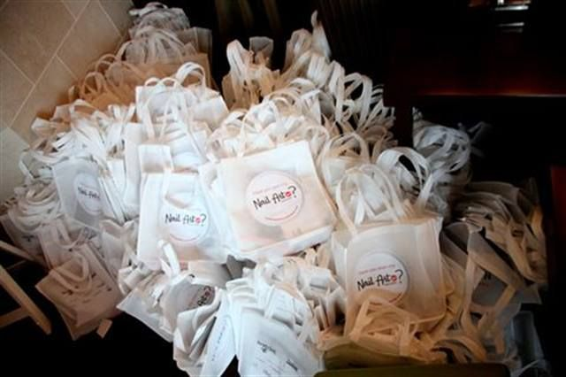 <p>Thanks to our sponsors, we had great goodie bags for all the attendees &mdash; more than 200 bags!</p>
