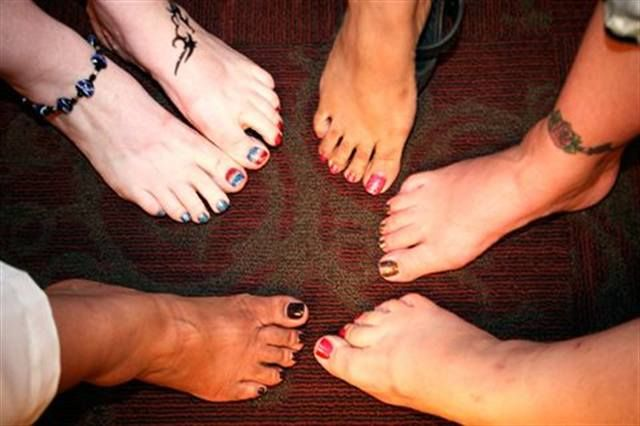 <p>At a nail tech networking event, you&rsquo;re sure to see some cool toenails.</p>