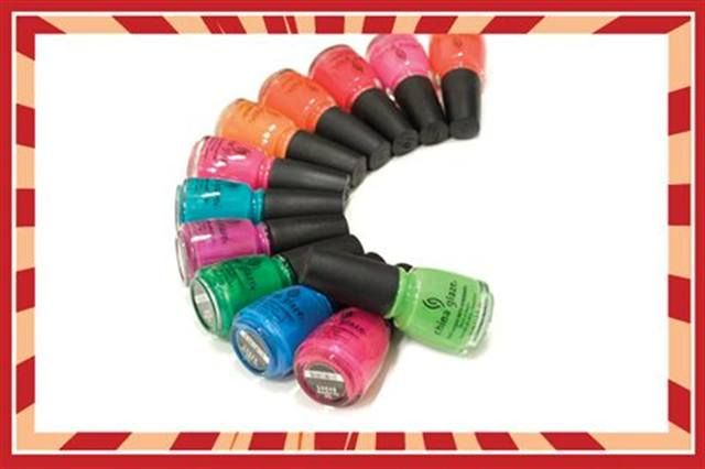 <p><strong>FAVORITE NEW PRODUCT</strong><br /><br />4.&nbsp;&nbsp;&nbsp; China Glaze: <br />&nbsp;&nbsp;&nbsp;&nbsp;&nbsp;&nbsp; Kicks Collection</p>