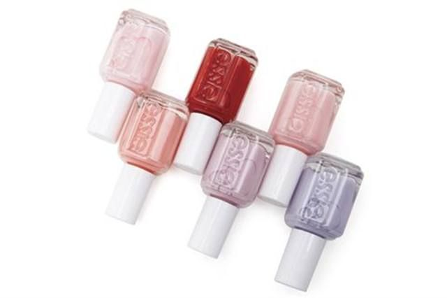 <p><strong>Essie Cosmetics</strong> The Art of Spring Collection</p>