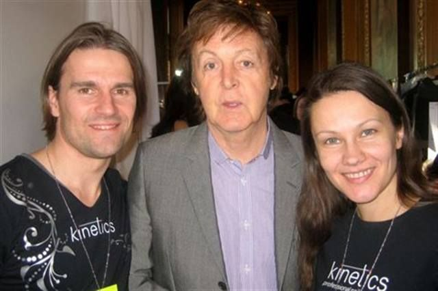 <p>Kinetics Vlad Netsunaev (left) and Margarita Belska (right), snagged a shot with Sir Paul McCartney backstage at the Stella McCartney show during Paris Fashion Week.</p>