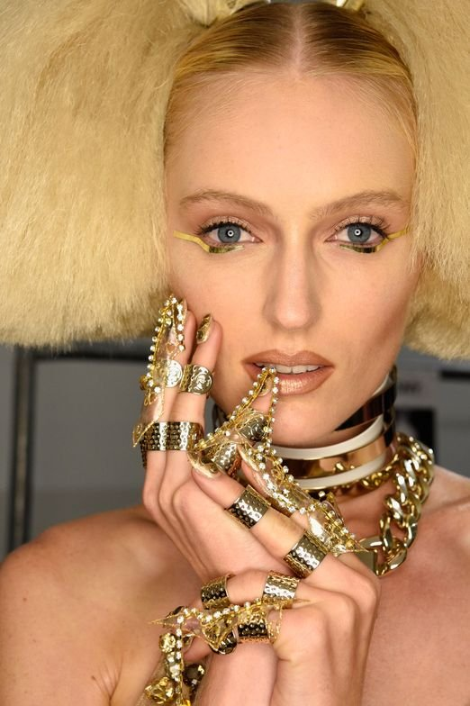 <p>CND for the Blonds.</p>