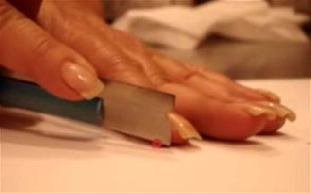 clay cane slicing for nail art style nails magazine. Black Bedroom Furniture Sets. Home Design Ideas