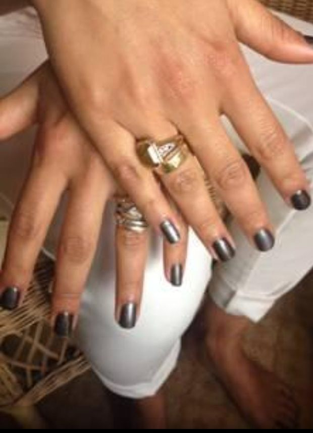 <p>Jolene Brodeur used Red Carpet Manicure's The Night is Young and Dripping in Luxury for Camila Alves' Golden Globes nails. Image via @redcarpetmani.</p>