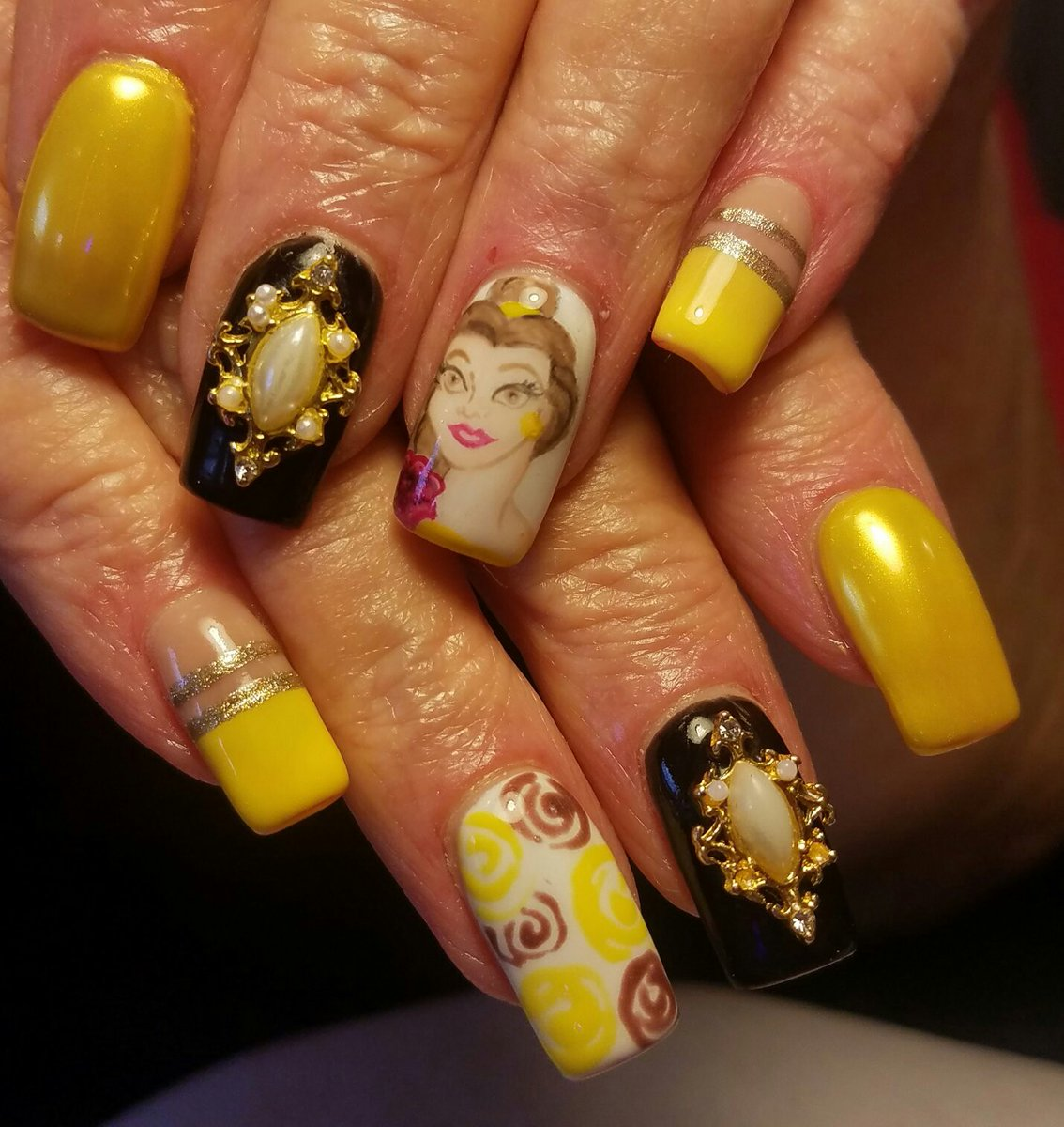 Beautiful Nail Art Inspired by Beauty and the Beast