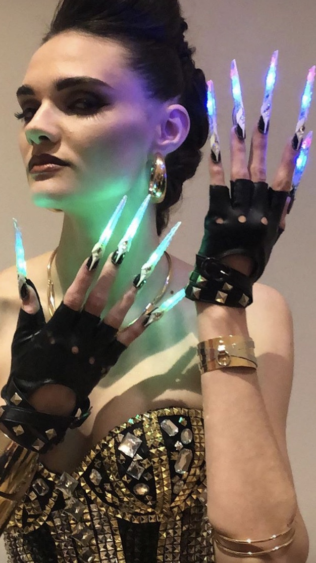 <p>Beauty Changes Lives nails by John Nguyen</p>
